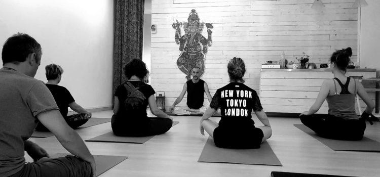 Presentazione Corso di Formazione Istruttori Yoga 250H – Metodo HariKi Yoga a Roma