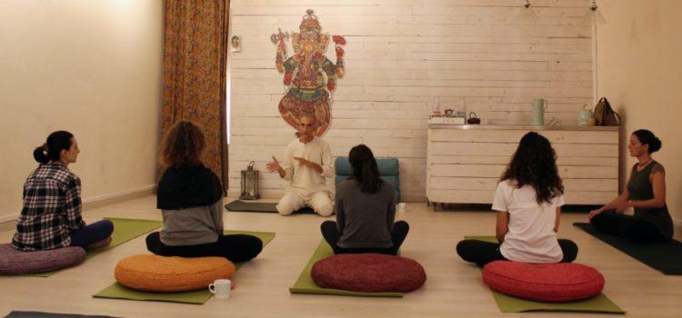Presentazione corso di formazione Istruttori 250H – Metodo HariKi Yoga